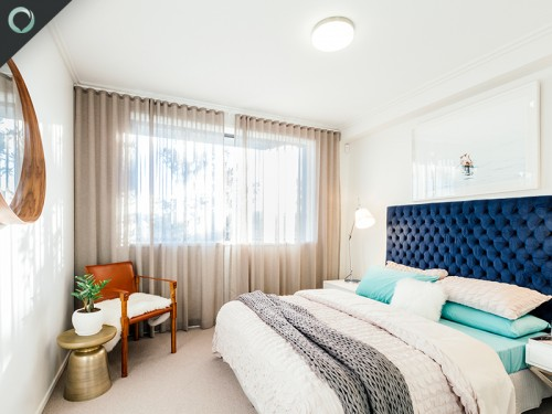 Display bedroom
