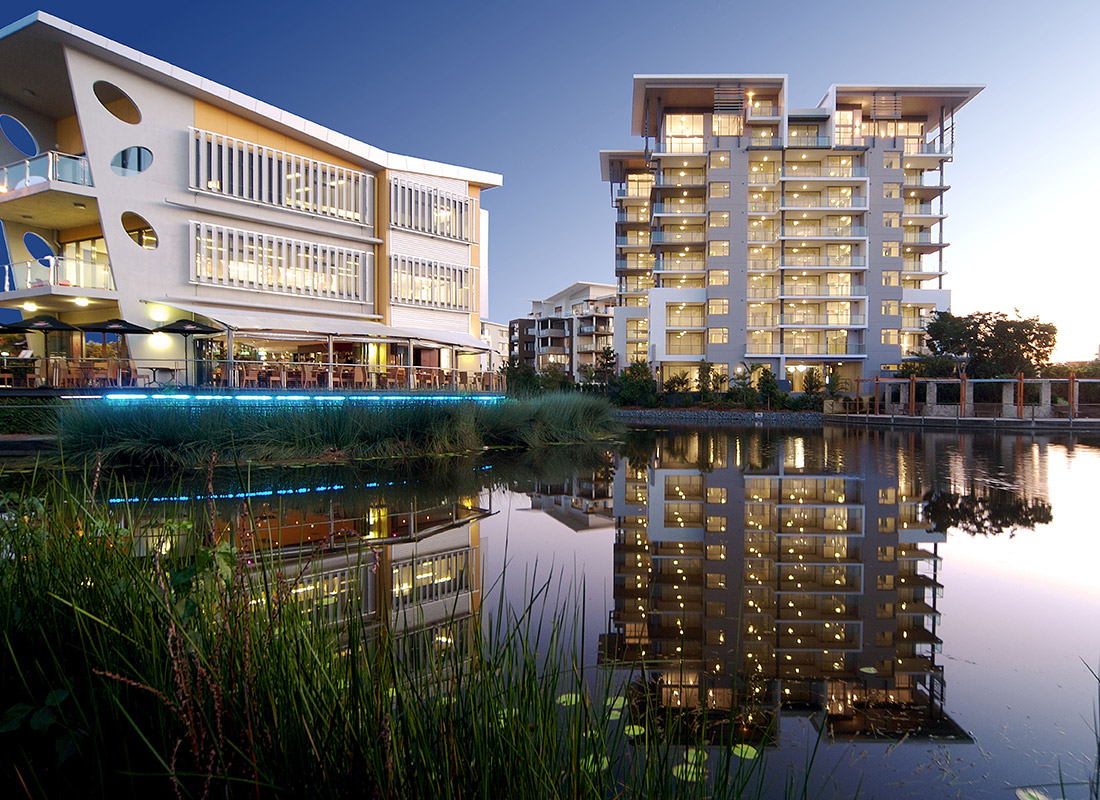 38 Riverwalk Apartments Robina