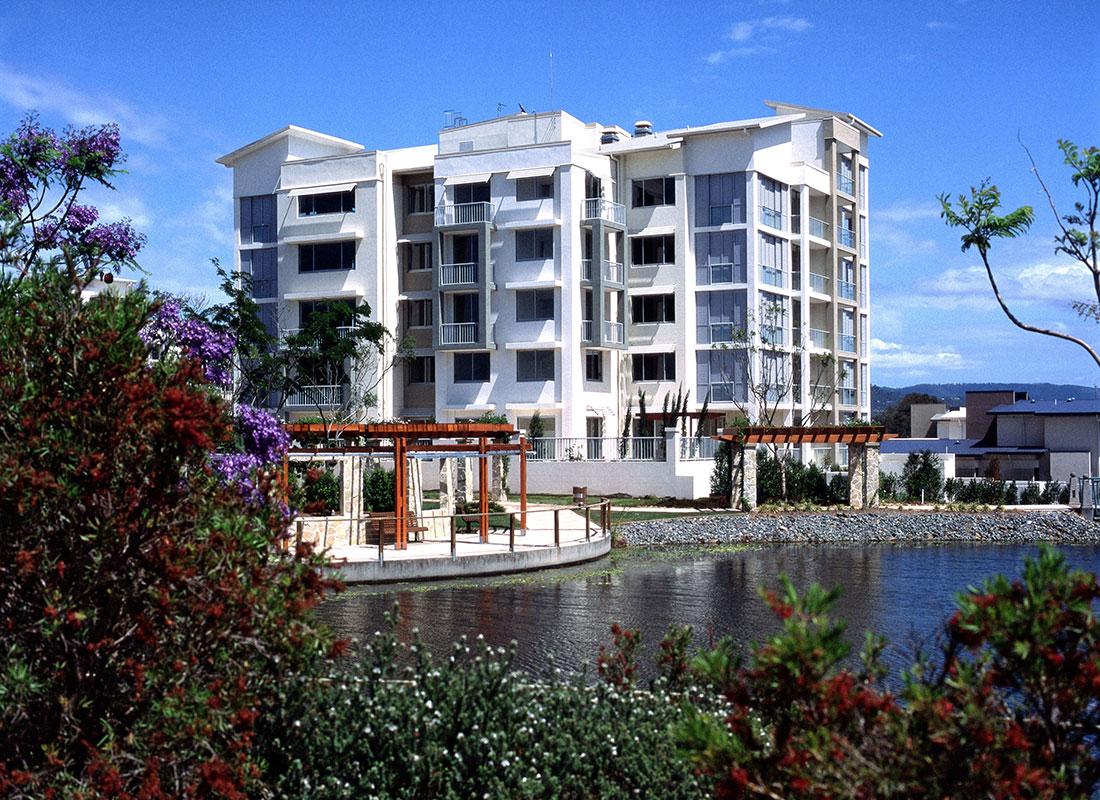 34 Riverwalk Apartments